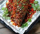 锡纸烤鲈鱼的做法