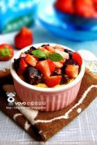草莓枣糕布丁的做法
