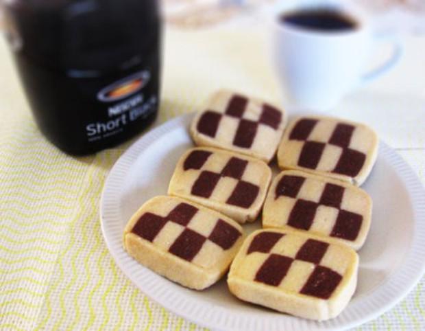 双色小饼干的做法,如何做,双色小饼干怎么做好吃详细步骤图解