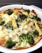 鸡肉蘑菇奶汁焗烤花椰菜的做法