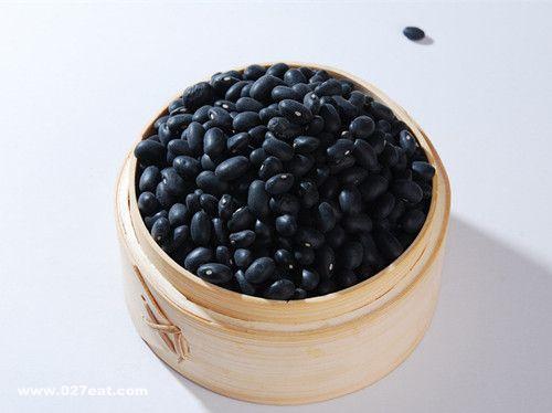 醋泡黑豆能治疗白发吗