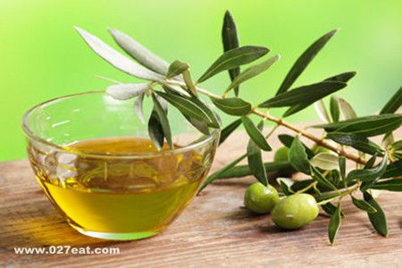 橄榄油的美白方法