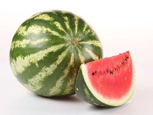 西瓜有哪些功效 吃西瓜可控制血压图片