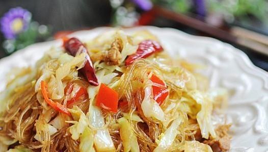 下饭家常菜 包菜炒粉丝的做法,如何做,包菜炒粉丝怎么做好吃详细步骤图解