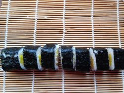 肉松寿司的做法第7步图片步骤 www.027eat.com