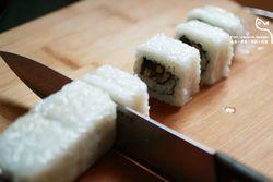 飞鱼籽寿司卷的做法第8步图片步骤 www.027eat.com