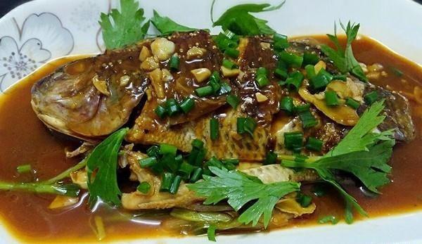 罗非鱼的吃法 红烧鱼的做法,如何做,红烧鱼怎么做好吃详细步骤图解