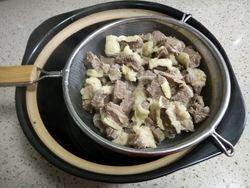 牛腩烧土豆的做法第3步图片步骤 www.027eat.com