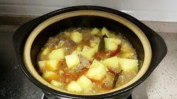牛腩烧土豆的做法第9步图片步骤 www.027eat.com