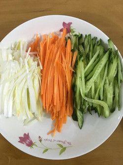 京酱肉丝的做法第4步图片步骤 www.027eat.com