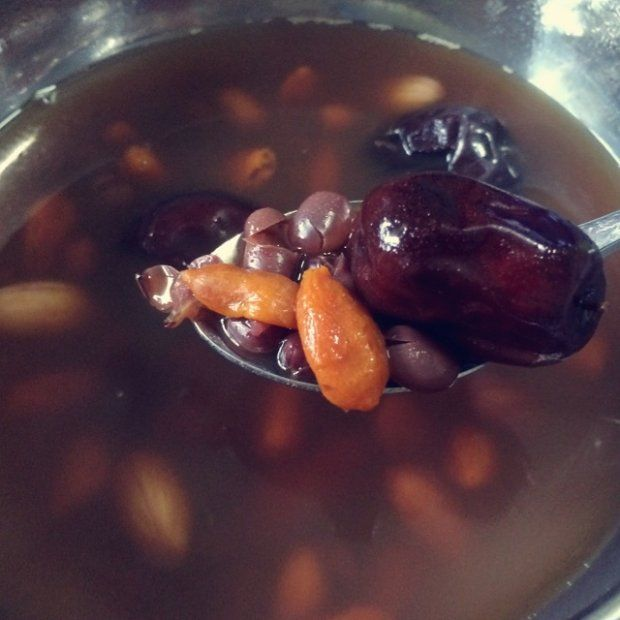 补血五红汤的做法