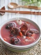 野生红菌菇鸡汤的做法