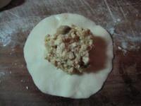 白菜豆腐水煎包的做法第5步图片步骤 www.027eat.com