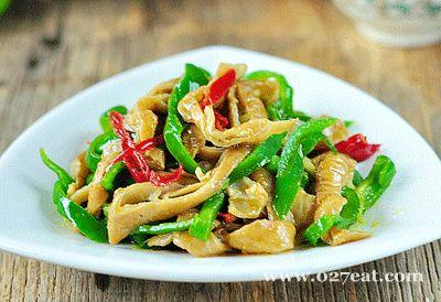 青椒炒肥肠的做法图片,如何做,青椒炒肥肠怎么做好吃详细步骤