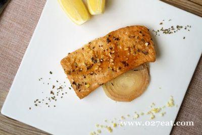 柠香烤三文鱼的做法图片,如何做,柠香烤三文鱼怎么做好吃详细步骤