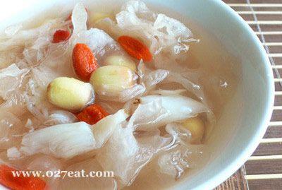 鲜莲银耳汤的做法图片,如何做,鲜莲银耳汤怎么做好吃详细步骤