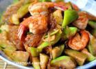 丝瓜炒大虾的做法