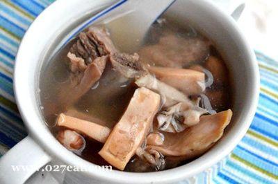花生骨头墨鱼汤的做法图片,如何做,花生骨头墨鱼汤怎么做好吃详细步骤