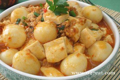 鹌鹑蛋烧豆腐的做法图片,如何做,鹌鹑蛋烧豆腐怎么做好吃详细步骤