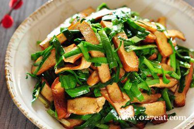 素味豆干炒韭菜的做法图片,如何做,素味豆干炒韭菜怎么做好吃详细步骤