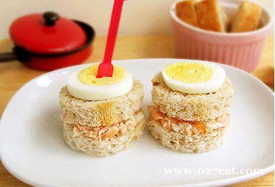 三文鱼沙拉三明治的做法图片,如何做,三文鱼沙拉三明治怎么做好吃详细步骤
