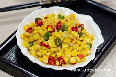双椒炒水果玉米的做法