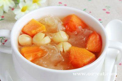 木瓜莲子银耳煲的做法图片,如何做,木瓜莲子银耳煲怎么做好吃详细步骤
