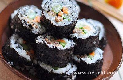 牛肉寿司的做法
