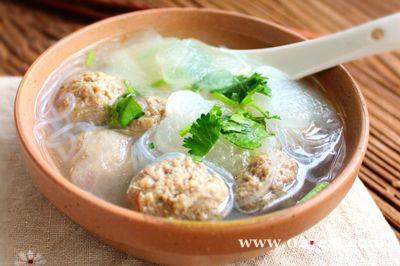 冬瓜羊肉丸子汤的做法