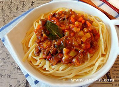 牛肉番茄沙司意大利面的做法