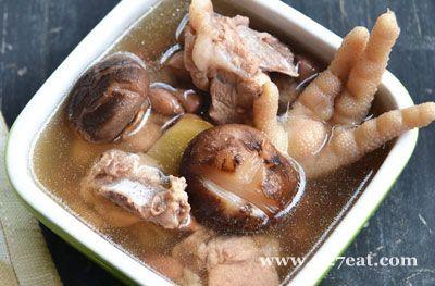 冬菇鸡脚花生汤的做法图片,如何做,冬菇鸡脚花生汤怎么做好吃详细步骤