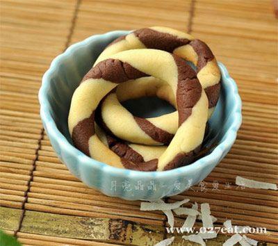 双色圈圈饼的做法图片,如何做,双色圈圈饼怎么做好吃详细步骤