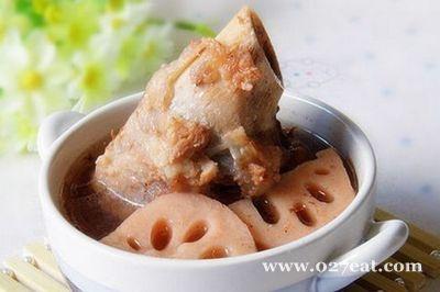 莲藕棒骨汤的做法图片,如何做,莲藕棒骨汤怎么做好吃详细步骤