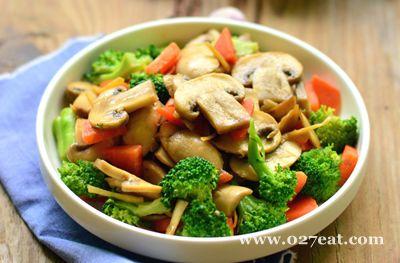 西兰花炒蘑菇的做法图片,如何做,西兰花炒蘑菇怎么做好吃详细步骤