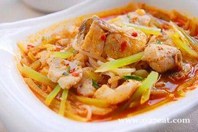 酸辣米线鱼片的做法