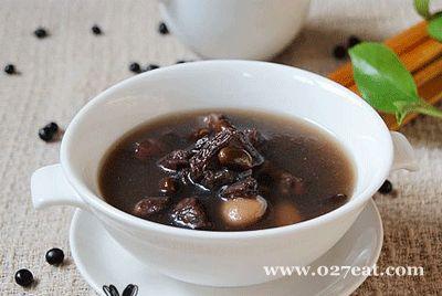 黑豆羊肉汤的做法