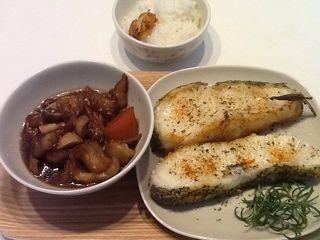 鳕鱼+杂蔬的做法第4步图片步骤 www.027eat.com