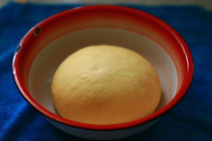胡萝卜猪肉玉米包的做法第5步图片步骤 www.027eat.com