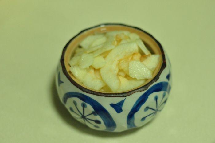桃胶银耳冰糖炖的做法第4步图片步骤 www.027eat.com