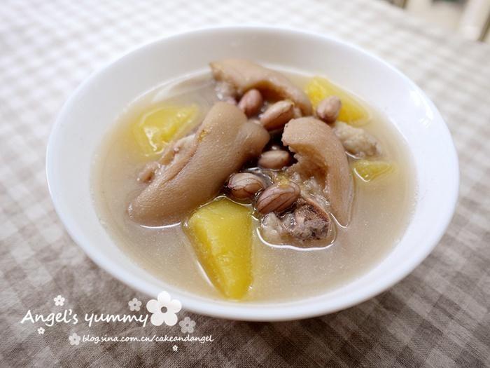 木瓜花生猪脚汤的做法