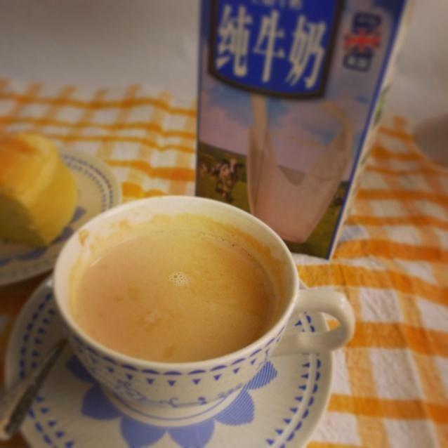 孕妇版焦糖奶茶的做法