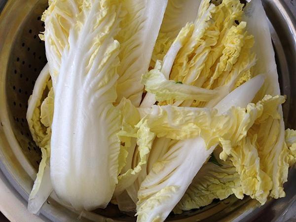 菌菇豆浆汤的做法第1步图片步骤 www.027eat.com