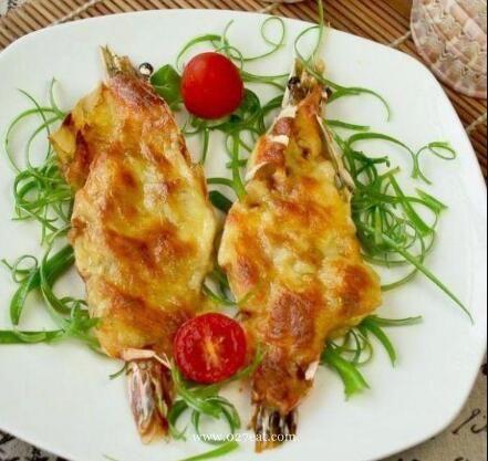 蒜香芝士焗大虾的做法