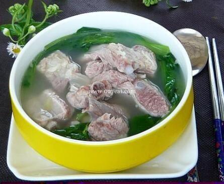 鸡毛菜排骨汤的做法
