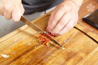 香辣孜然牛肉条的做法第2步图片步骤 www.027eat.com