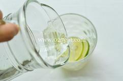 青柠薄荷冰饮的做法第5步图片步骤 www.027eat.com