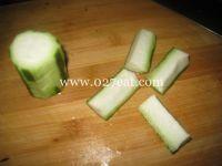 虾仁炒丝瓜的做法第1步图片步骤 www.027eat.com