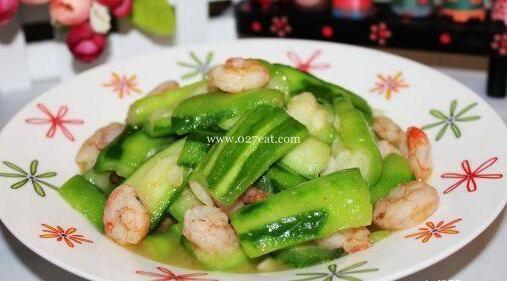 虾仁炒丝瓜的做法的做法
