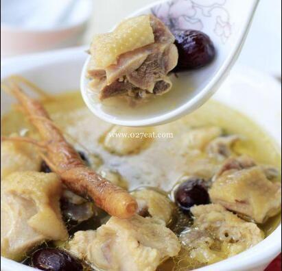 山参红枣炖土鸡的做法
