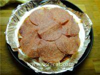 意大利香肠比萨的做法第5步图片步骤 www.027eat.com